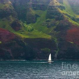 Sailing the Na Pali Coast  by Karen Fones