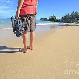Sand Between My Toes Maui Hawaii by Edward Fielding