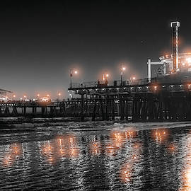 Santa Monica Glow By Mike-hope by Michael Hope