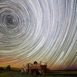 Shaniko Aurora Trails, by Wes and Dotty Weber