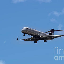 Delta Commercial Passenger Jet by Dale Powell
