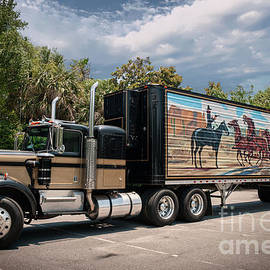 Smokey And The Bandit - 1973 Kenworth 18 Wheeler by Dale Powell