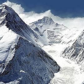 Snow Peaks by Teresa Trotter