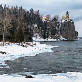 Snowy Split Rock Lighthouse by Susan Rissi Tregoning