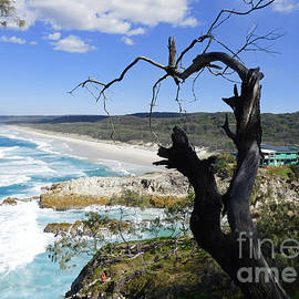 Stradbroke Island Seascape by Trudee Hunter