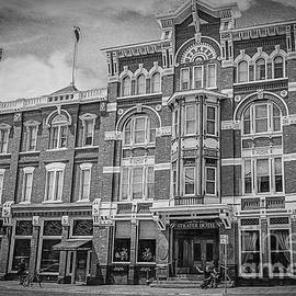 Strater Hotel in Black and White by Janice Pariza