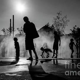 Summer In Paris by Hans Janssen