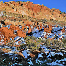 Sun Sets On Capitol Reef by Ray Mathis