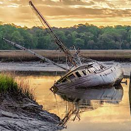 Sunrise Shipwreck by Scott Hansen