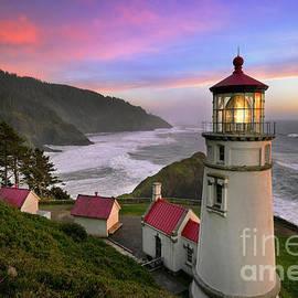 Sunset Lightshow by Tom Schwabel