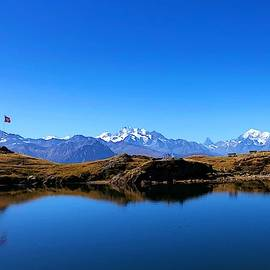 Swiss Alps by Dennis Weiss