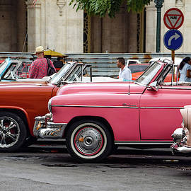 Taxis In Havana by Mark Duehmig