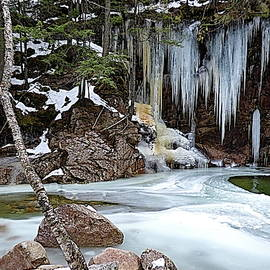 The Lower Pool at Sabbaday Falls in Winter by Lyuba Filatova