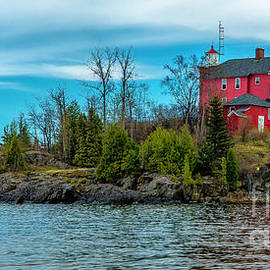 The Marquette Harbor Lighthouse by Nick Zelinsky