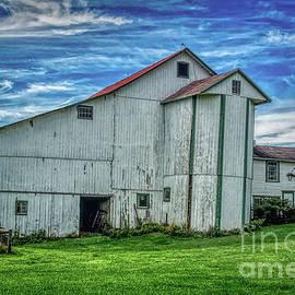 The Odd Amish Barn in Volant, Pennsylvania by Janice Pariza