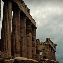 The Iconic Parthenon  by Cassi Moghan
