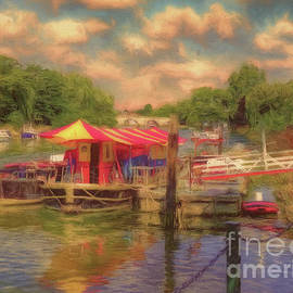 The Puppet Theatre River Thames Richmond by Leigh Kemp