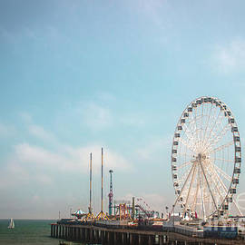 The Steel Pier - Atlantic City by Colleen Kammerer