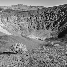 Uebehebe Crater by Jurgen Lorenzen