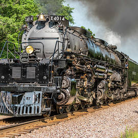 Union Pacific Big Boy #4014  by Thomas Visintainer