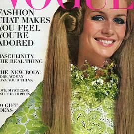 Vogue Magazine November 15 1967 by Bert Stern