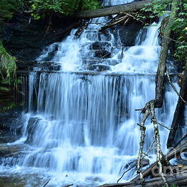 Wagner Falls  by Andrew Rakowski