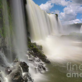 Long Exposure of Iguazu Falls in Brazil by Tom Schwabel