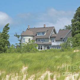 Windy Beachfront by Ann Horn