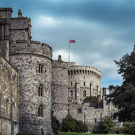 Windy Windsor by Enzwell Designs