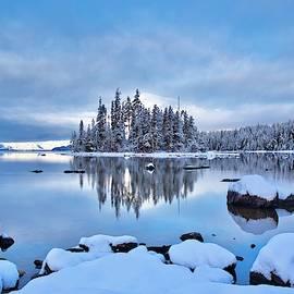Winter blues on the lake by Lynn Hopwood