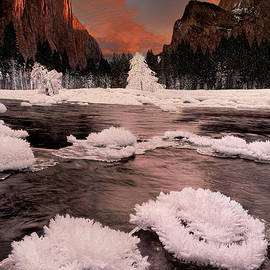 Winter Gates Of The Valley Yosemite National Park Cal by Dave Welling