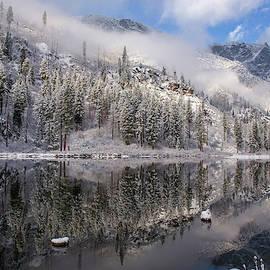 Lynn Hopwood - Winter on the river