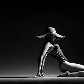 Johan Swanepoel - Woman in black costume