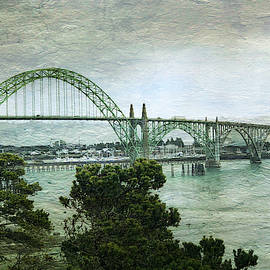 Yaquina Bay Bridge by Tatiana Travelways
