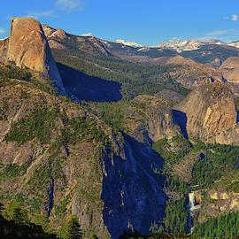 Yosemite Washburn Point Overlook by Greg Norrell