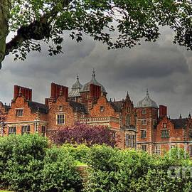 Aston Hall by Catchavista
