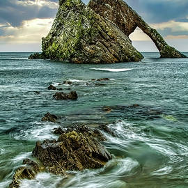 Bow Fiddle Rock by Robert Murray