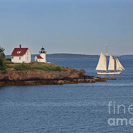 Curtis Island Lighthouse by Jim Beckwith