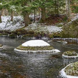 Edge of Freezing by Alana Ranney