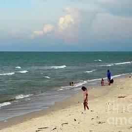 Gulf of Thailand beach beside Hatyai Pattani highway southern Thailand by Imran Ahmed