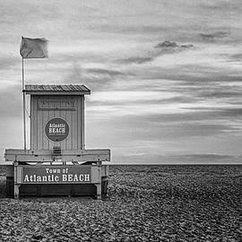 Lifeguard Stand Atlantic Beach - North Carolina by Bob Decker