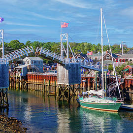 Perkins Cove Ogunquit Maine by Jerry Fornarotto