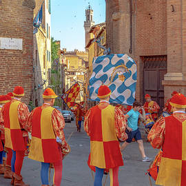 Pre-Palio flag parade by Andrew Cottrill