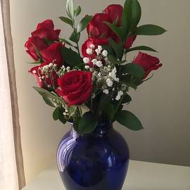 Roses by Ronni Dewey