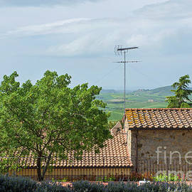 Shot of typical Tuscany buildings by Beautiful Things