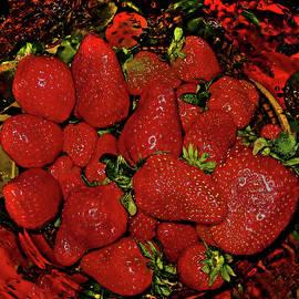 Strawberry by Andy Za