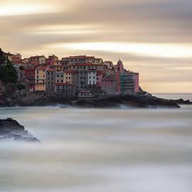 Sunrise on the Tellaro Cliff by Giovanni Laudicina