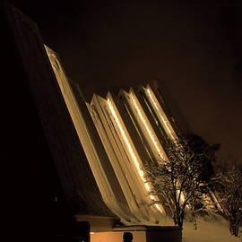 Tromso arctic cathedral by Abrahan Fraga