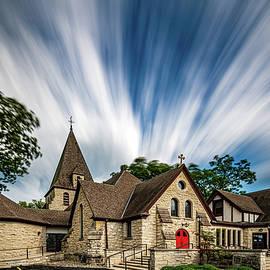 120 Seconds at Zion Episcopal Church by Randy Scherkenbach