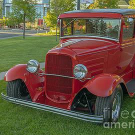 1931 Ford Model A Deluxe Tudor 2 door-2 by PROMedias Obray